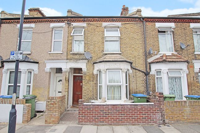 Thumbnail Terraced house for sale in Gunning Street, Plumstead