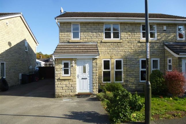 Thumbnail Semi-detached house to rent in Brooklands Drive, Glossop