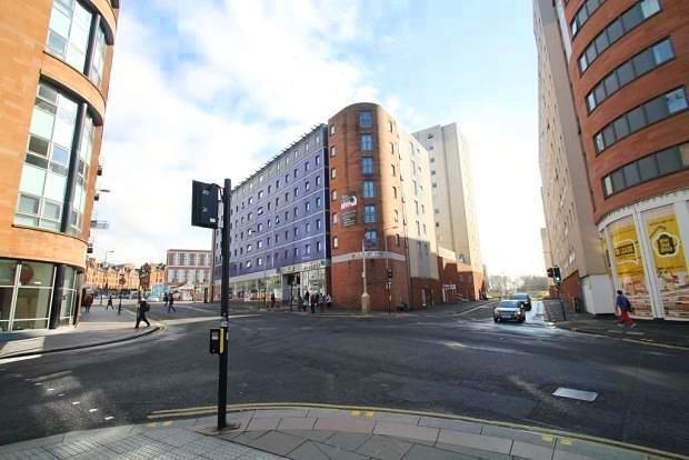 2 bedroom flat for sale in Blackfriars Road, Merchant City, Glasgow