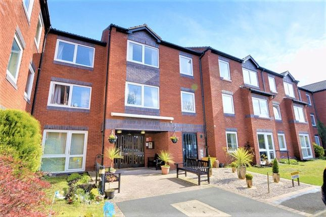 Thumbnail Flat to rent in Park Road, Southport