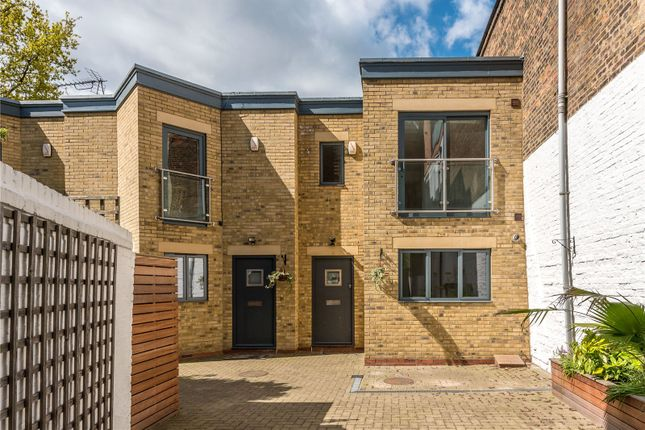 Thumbnail Property for sale in Langford Mews, Barnsbury, London
