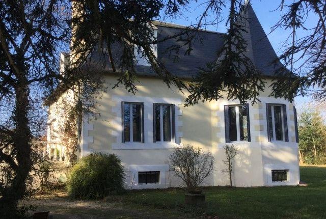 Thumbnail Detached house for sale in Oradour Sur Vayres, Haute-Vienne, Limousin, France