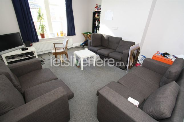Thumbnail Maisonette to rent in Heaton Park Road, Heaton, Newcastle Upon Tyne