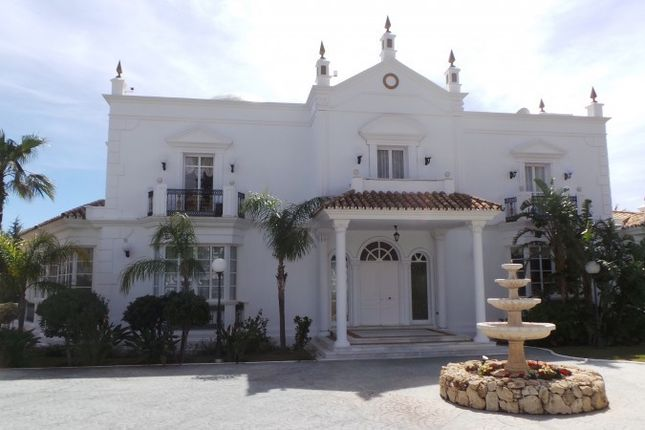 Thumbnail Detached house for sale in Mijas, Costa Del Sol, Spain