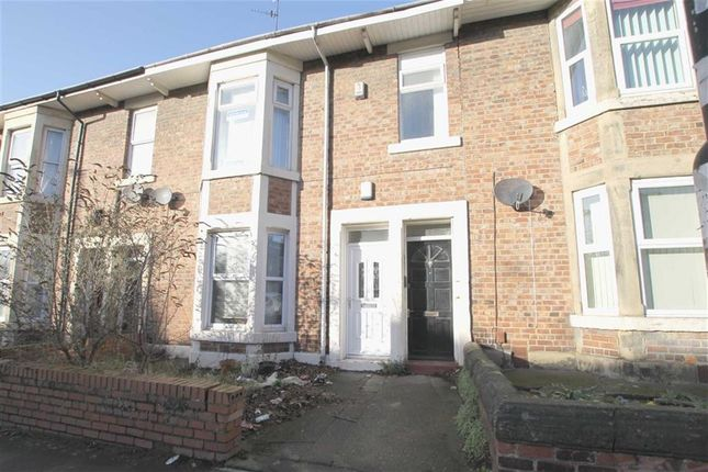 Thumbnail Maisonette for sale in Warwick Street, Heaton