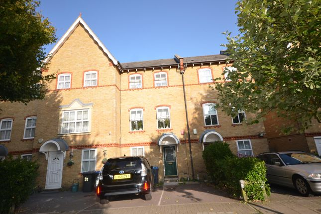 Thumbnail Town house to rent in Chamberlayne Avenue, Wembley, Middlesex