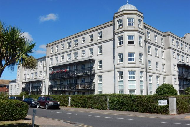 Thumbnail Flat to rent in Marine Parade West, Clacton-On-Sea