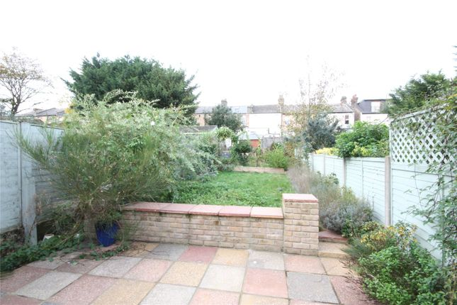 Picture No. 07 of Radcliffe Avenue, Enfield, Middlesex EN2