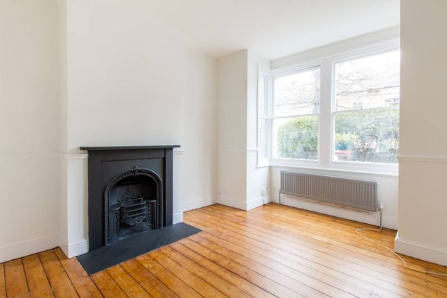 Thumbnail Terraced house to rent in Mansfield Road, Walthamstow