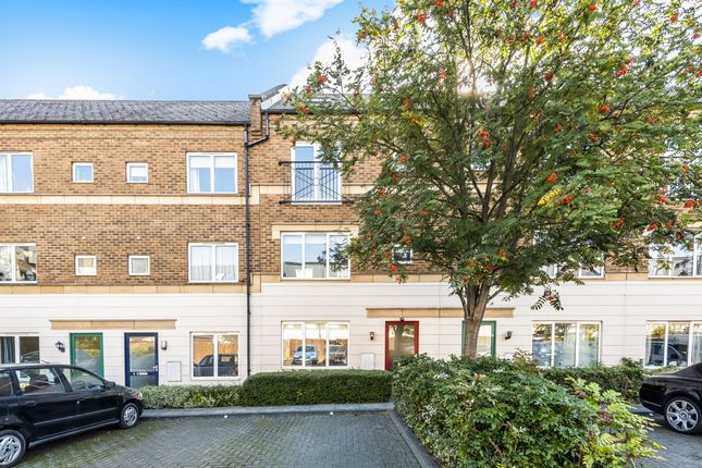 Thumbnail Town house to rent in 6 Freeman Court, Islington, Holloway, North London