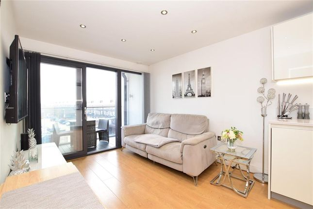 Thumbnail Flat for sale in The Broadway, Loughton, Essex