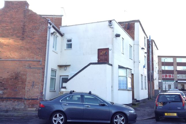 Thumbnail Flat to rent in Flat 1, 2-4 Ranelagh Street, Leamington Spa