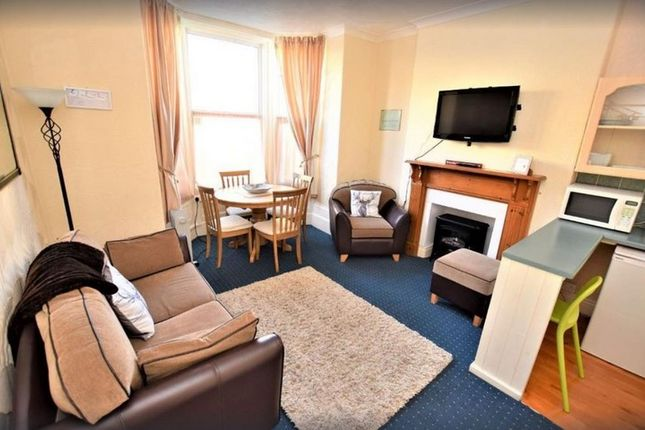 1 bed flat to rent in Withnell Rd, Blackpool FY4