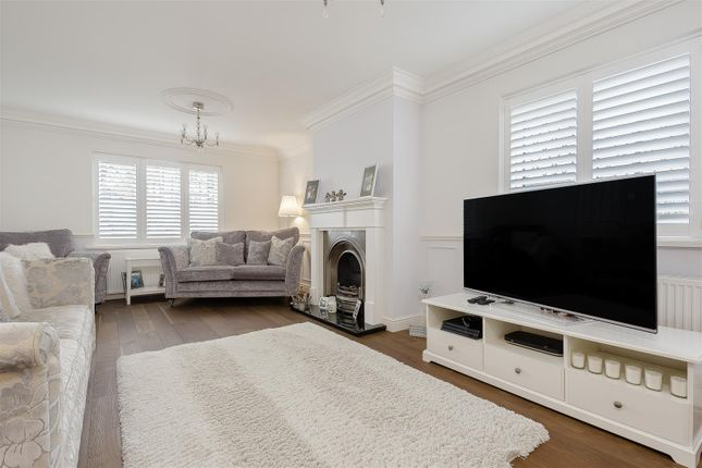 House-Woodcote-Road-Wallington-103