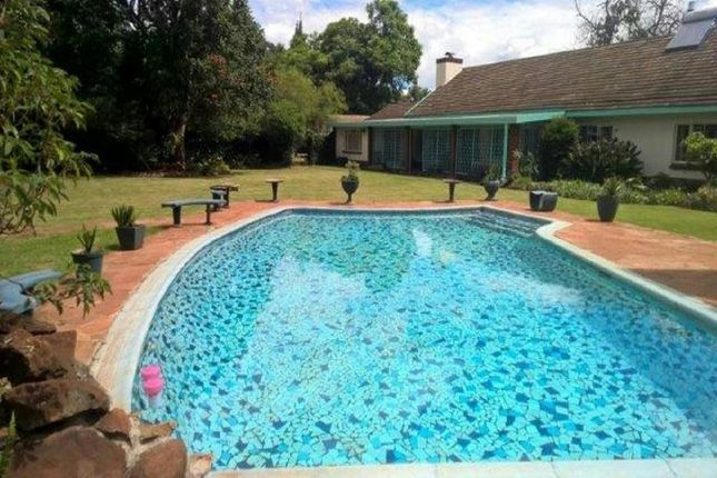 Thumbnail Detached house for sale in Drummond Rd, Harare, Zimbabwe