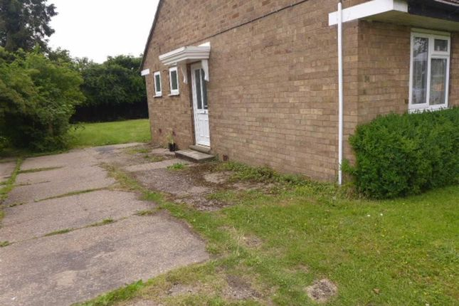 Thumbnail Bungalow to rent in Ferry Road, Fiskerton, Lincoln