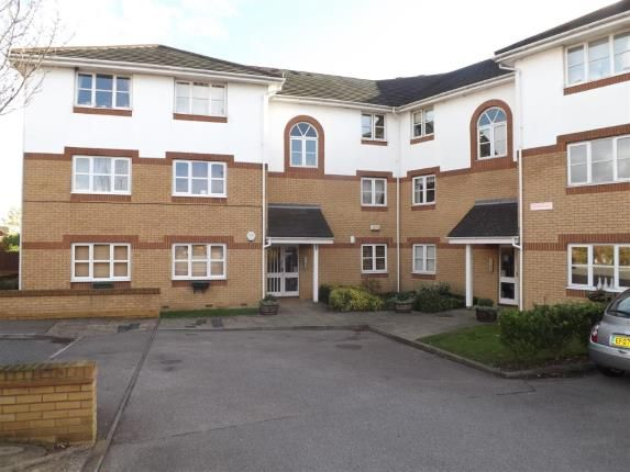 Thumbnail Flat for sale in Chafford Hundred, Grays, Essex