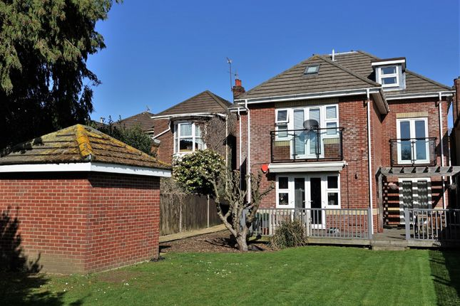 Thumbnail Flat for sale in Roberts Road, Shirley, Southampton