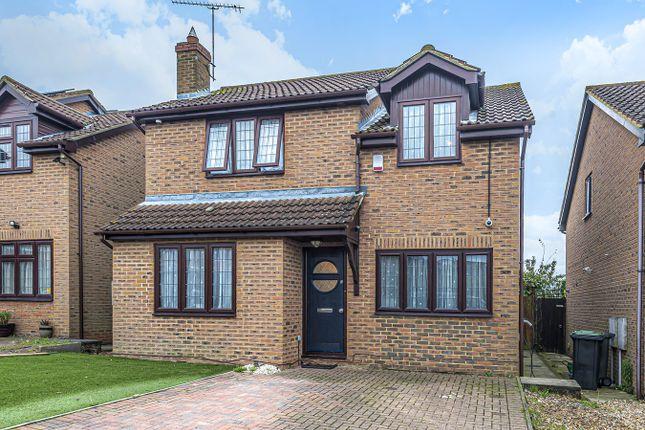 Thumbnail Detached house for sale in Oak Close, Harlington