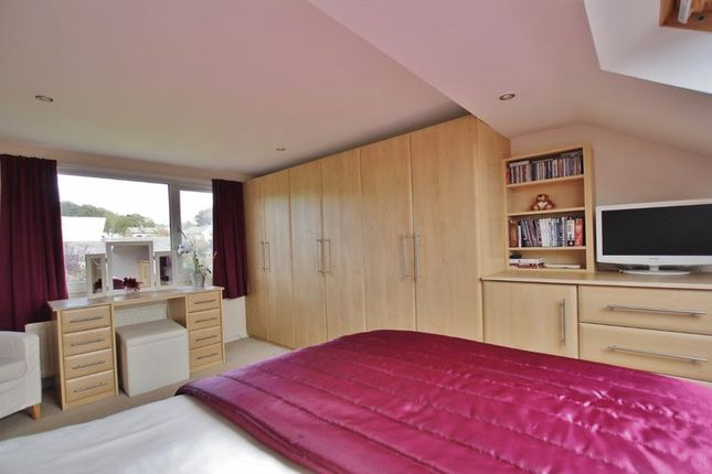 Photo 29 of Meadway, Lower Heswall, Wirral CH60