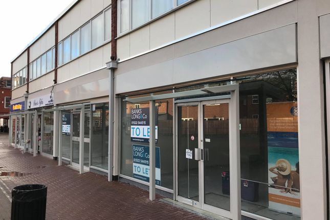 Thumbnail Retail premises to let in Unit 11 The Riverside Shopping Centre, Southgate, Sleaford