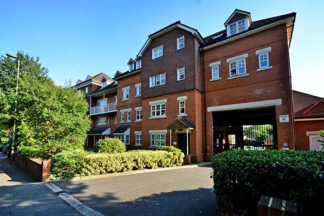Thumbnail Flat to rent in Abingdon Court, Woking