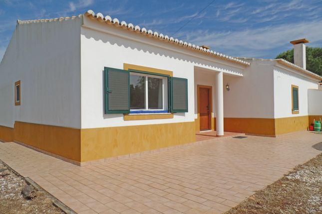 3 bed villa for sale in Barão De São João, Lagos, Portugal