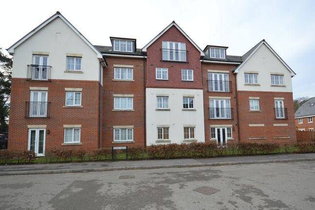 Thumbnail Flat to rent in Royal Drive, Bordon