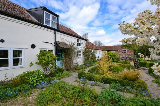 Thumbnail Cottage for sale in Spring Lane, Yaxham, Dereham, Norfolk.