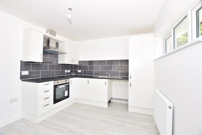 Thumbnail Flat for sale in Buller Road, Chatham, Kent
