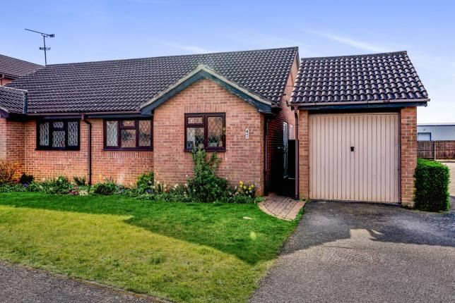 Bungalow for sale in The Silver Birches, Kempston, Bedford, Bedfordshire