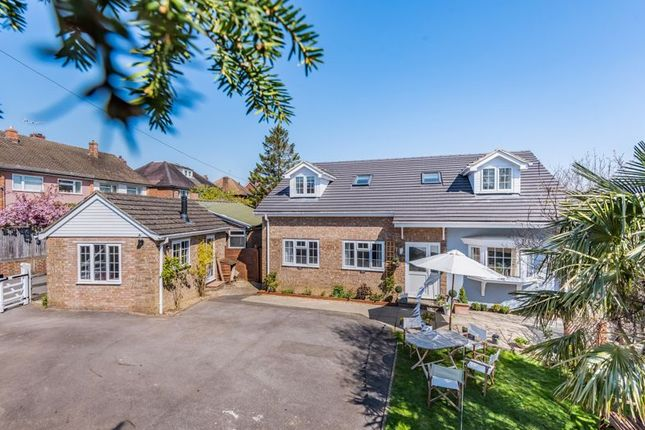 5 bed detached house for sale in Newlands Road, Southborough, Tunbridge Wells TN4