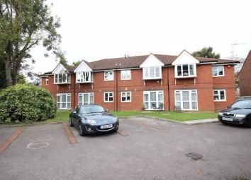 Thumbnail Flat to rent in Laura Court, Parkfield Avenue