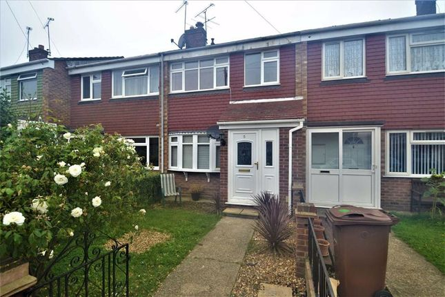 3 bed terraced house to rent in Churchill Crescent, Stanford Le Hope, Essex SS17
