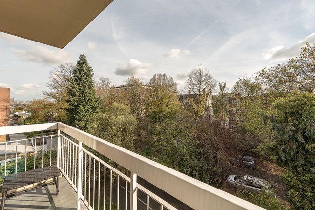 Balcony of Shepherds Hill, London N6