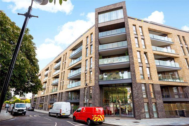 Picture 15 of Corio House, 12 The Grange, London SE1