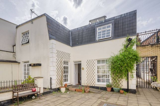 Thumbnail Property for sale in Monterey Close, Mill Hill