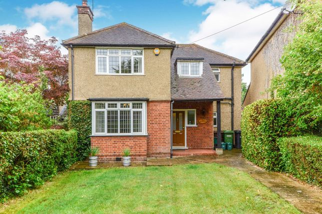 Thumbnail Detached house for sale in Watling Street, Park Street, St. Albans