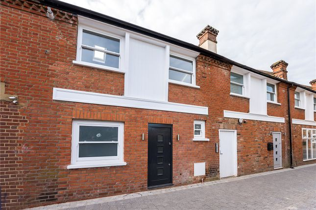 Thumbnail Terraced house for sale in Laurel Avenue, Twickenham