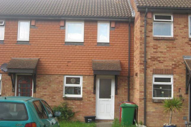 Thumbnail Property to rent in Boulters Close, Cippenham, Slough