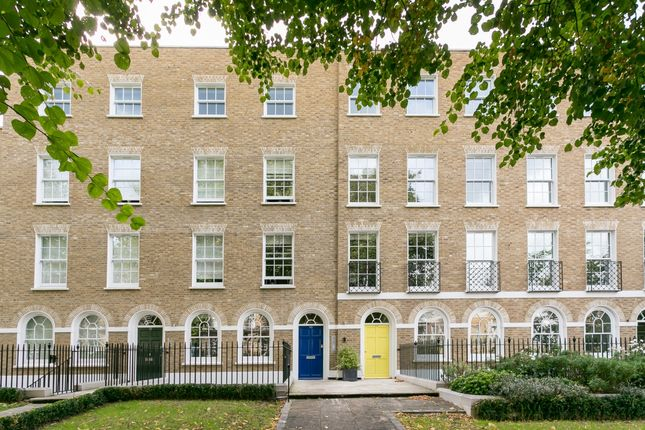 Thumbnail Flat to rent in Harfield Gardens, Grove Lane, London