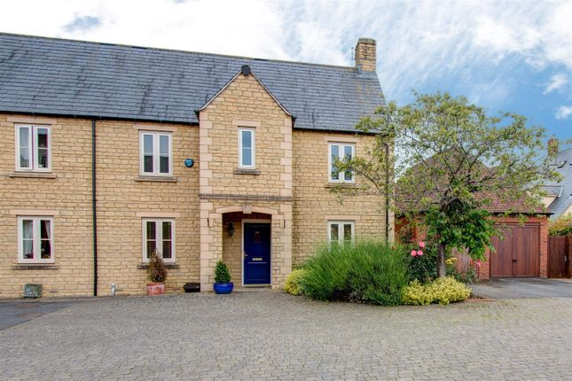 Thumbnail End terrace house to rent in Beceshore Close, Moreton-In-Marsh