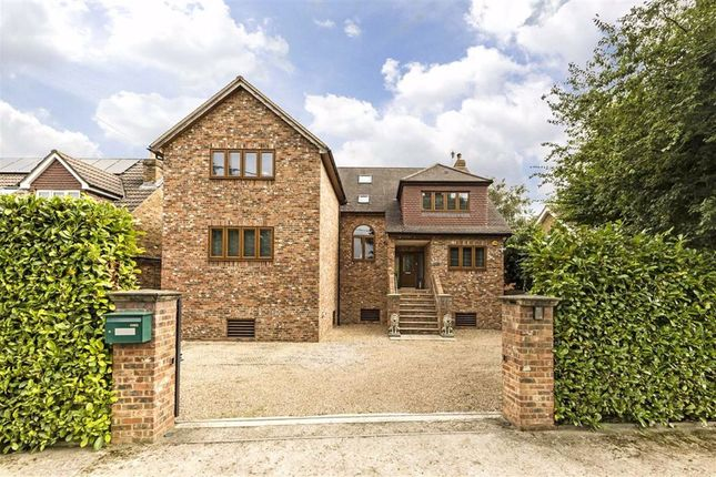 Thumbnail Property for sale in Friary Island, Wraysbury, Staines