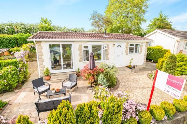 Bungalow for sale in Nidderdale Lodge Park, Knaresborough, North Yorkshire, .