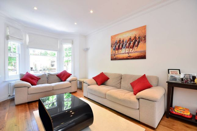 3 bed maisonette for sale in Crookham Road, Parsons Green