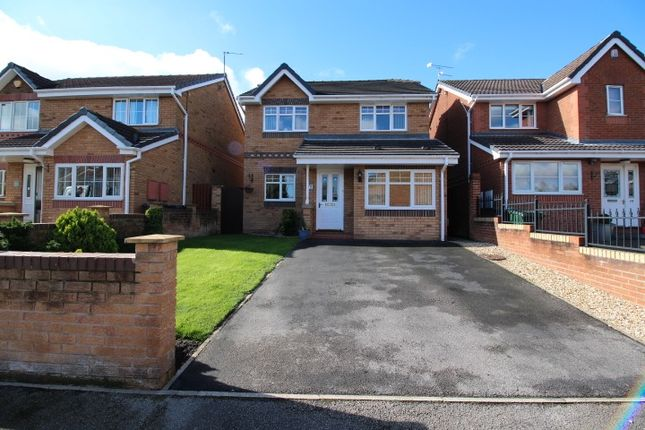 3 bed detached house for sale in Far Golden Smithies, Swinton