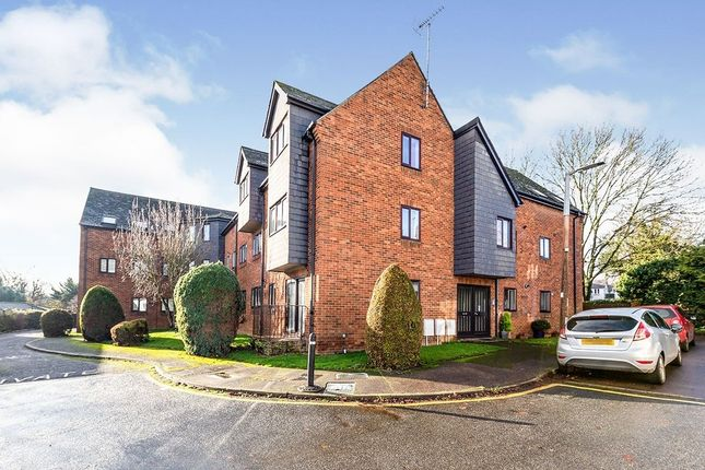 Thumbnail Flat to rent in Wratten Road East, Hitchin