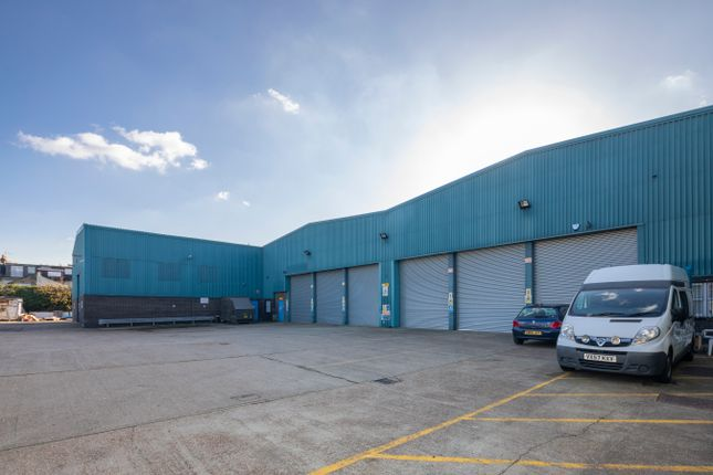 Thumbnail Warehouse to let in Evelyn Street, London