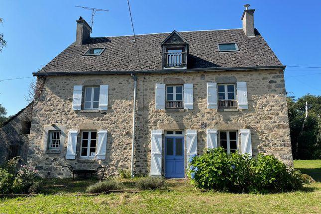 Thumbnail Villa for sale in Saint-Agnant-De-Versillat, Creuse, Nouvelle-Aquitaine