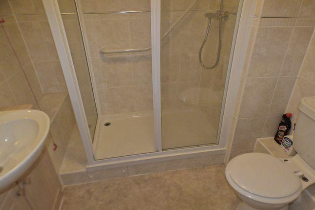 Shower Room of Argent Court, Leicester Road EN5